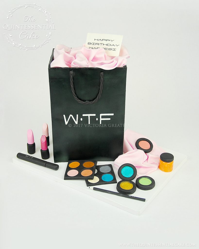 Gift Bag & Make Up Cake | The Quintessential Cake | Chicago | Custom Cakes