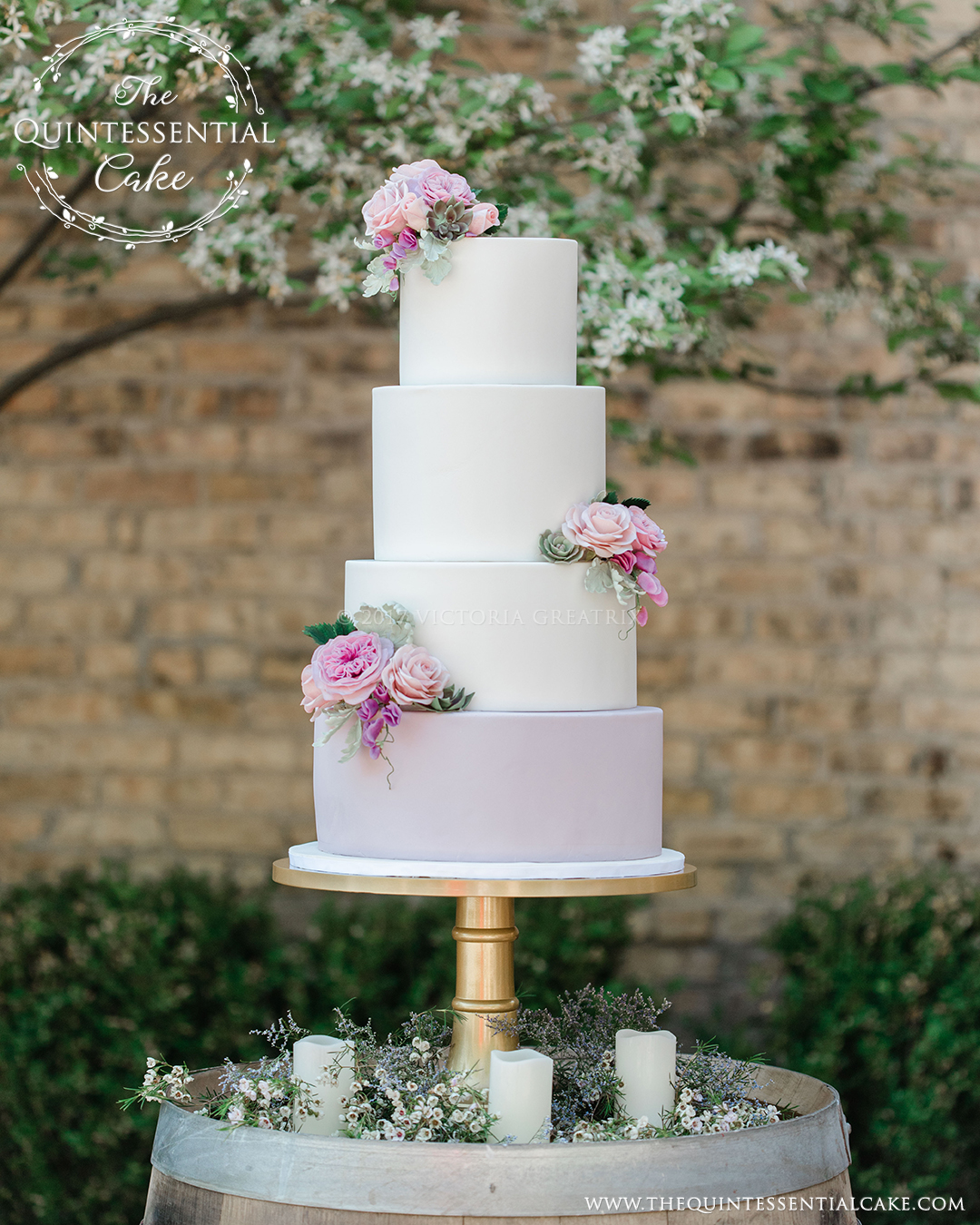 Wedding Cake with Sugar Flowers | The Quintessential Cake | Chicago | Luxury Wedding Cakes | Winnetka Community House