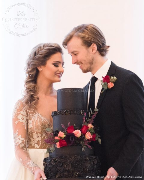 Bride & Groom with Cake The Quintessential Cake | Chicago | Luxury Wedding Cakes | Chez