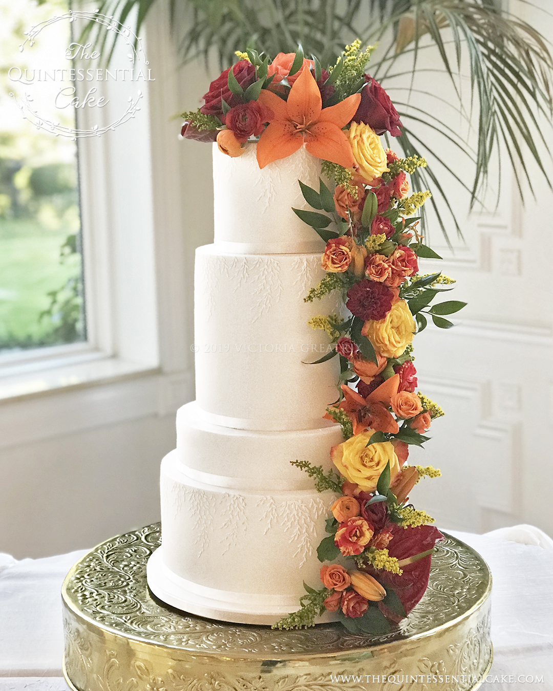 TQC Wedding Cake with Fresh Flowers | The Quintessential Cake | Chicago | Luxury Wedding Cakes | The Haley Mansion | Joliet