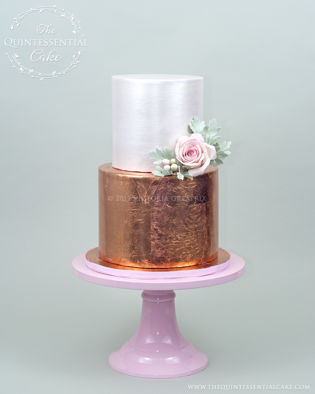Rose Gold Cutting Cake | The Quintessential Cake | Chicago | Luxury Wedding Cakes | Abbey Farms