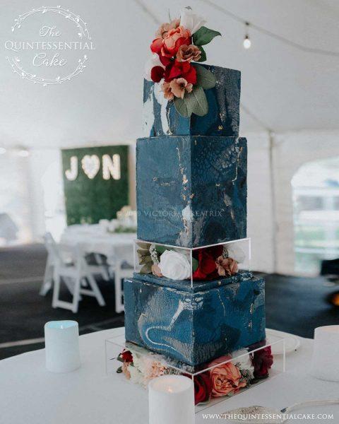 TQC Square Textured Marble Wedding Cake | The Quintessential Cake | Chicago | Luxury Wedding Cakes | Hawthorne's Backyard | West Chicago