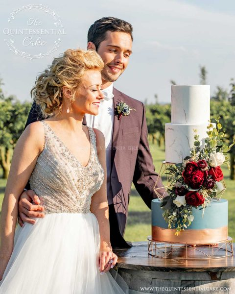 TQC Vineyard Cake | The Quintessential Cake | Chicago | Luxury Wedding Cakes | Acquaviva Winery