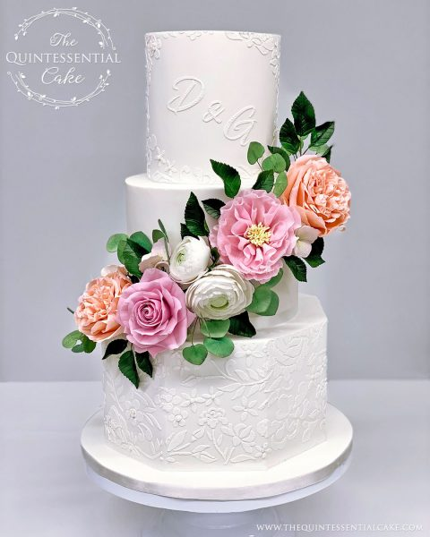 TQC Small Wedding Cake with Sugar Flowers | The Quintessential Cake | Wheaton | Chicago | Wedding Cakes | Chicago Golf Club